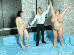 Naked BBW wrestling match Semifinal of BBW Fight Club with Viktoria and Dominikavideo