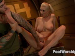 After getting a lesson in footfucking from Officer Lee, Private Torn meets up with her secret lover, who licks the cunt juice off Cherry's Toes. Instead of being angry that she fucked their commanding officer, he is turned on by the smell of pussy juice and cum all over her pretty feet! She pulls his cock out with her toes and he fingers her, teasing her cunt and licking her toes.  She gives him a foot job, curling her toes around his cock and balls.  He cums all over her feet and she squeezes every drop from his cock between her toes. She now has two loads of cum on her toes and she licks them clean!video